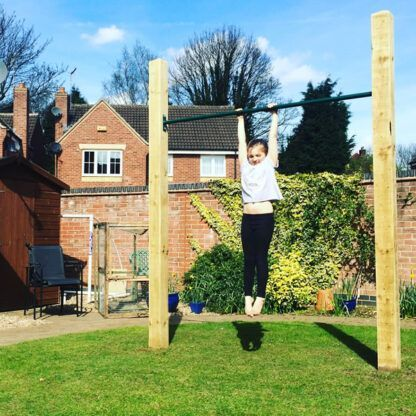 Kids garden pull up bar